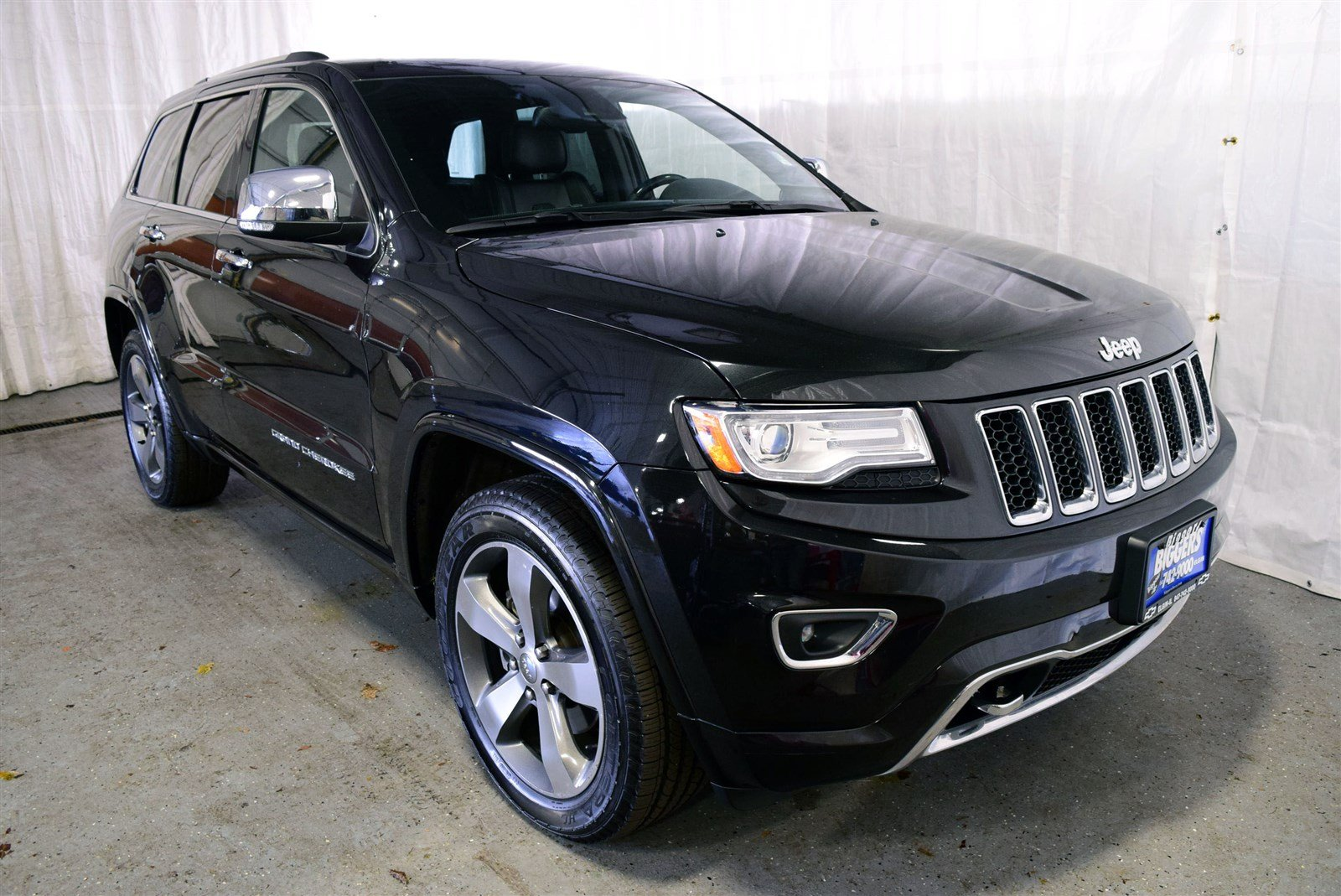 used 2015 jeep grand cherokee overland 4d sport utility near schaumburg 53246 biggers chevrolet. Black Bedroom Furniture Sets. Home Design Ideas